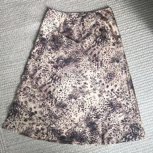 Dresses & Skirts - Leopard print skirt